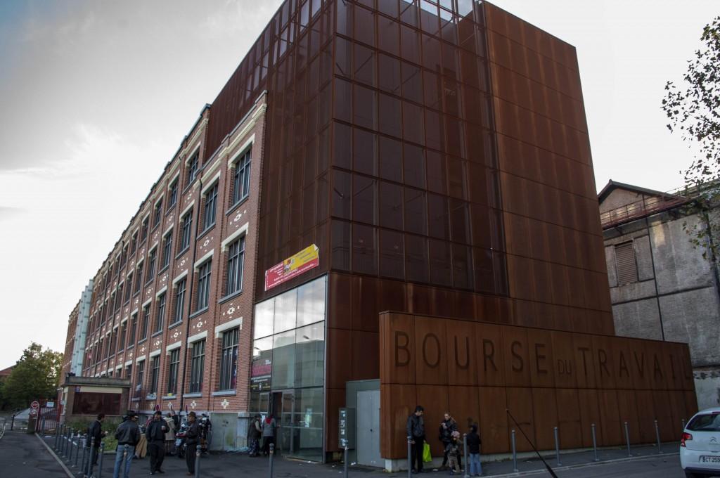 À Lille, des Roms squattaient la Bourse du travail, et tout le monde s'en foutait.